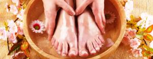 6 Beneficial Reasons to Take a Foot Bath