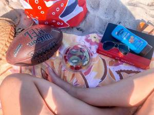 What to pack for a beach day!
