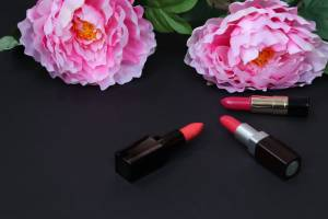 Can Lipstick Create A Happy and Positive Mindset?