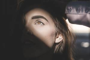 Fighting Dark Circles Under Your Eyes: Useful Makeup & Skin Care Tips For Nocturnal People
