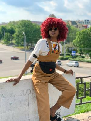 HOW TO STYLE OVERALL IN SUMMER