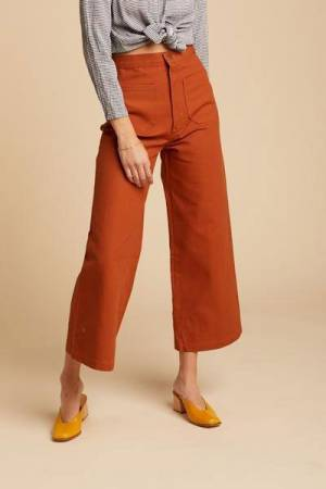 Except For Tights These 2 Pants Every Woman Must-have