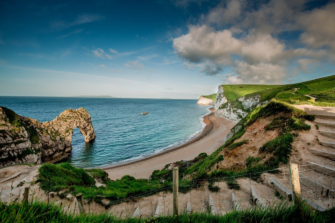 Top 10 British Locations To Visit For Your UK Bucket List