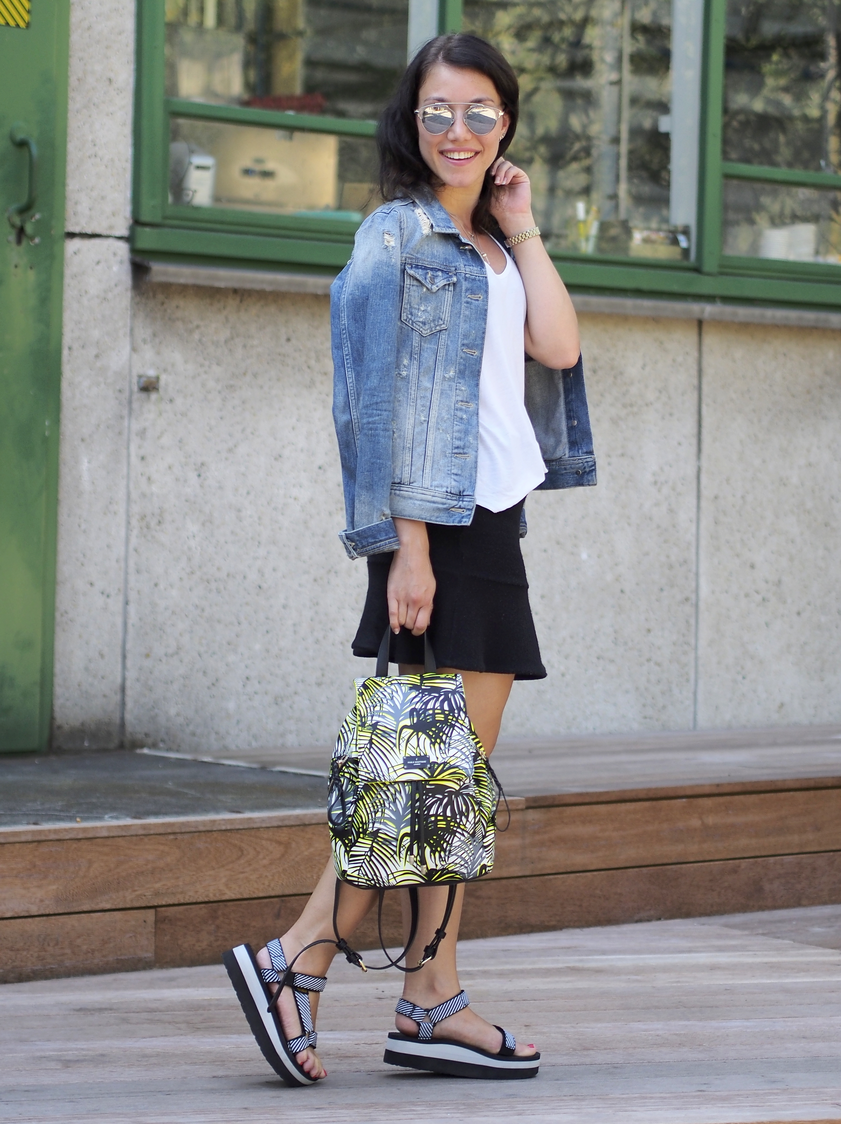 HOW TO WEAR TEVA SANDALS