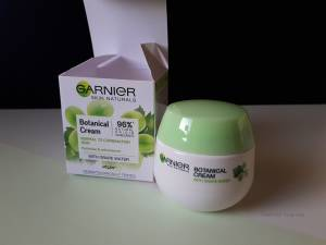 GARNIER SKIN NATURALS BOTANICAL FACE CREAM- REVIEW